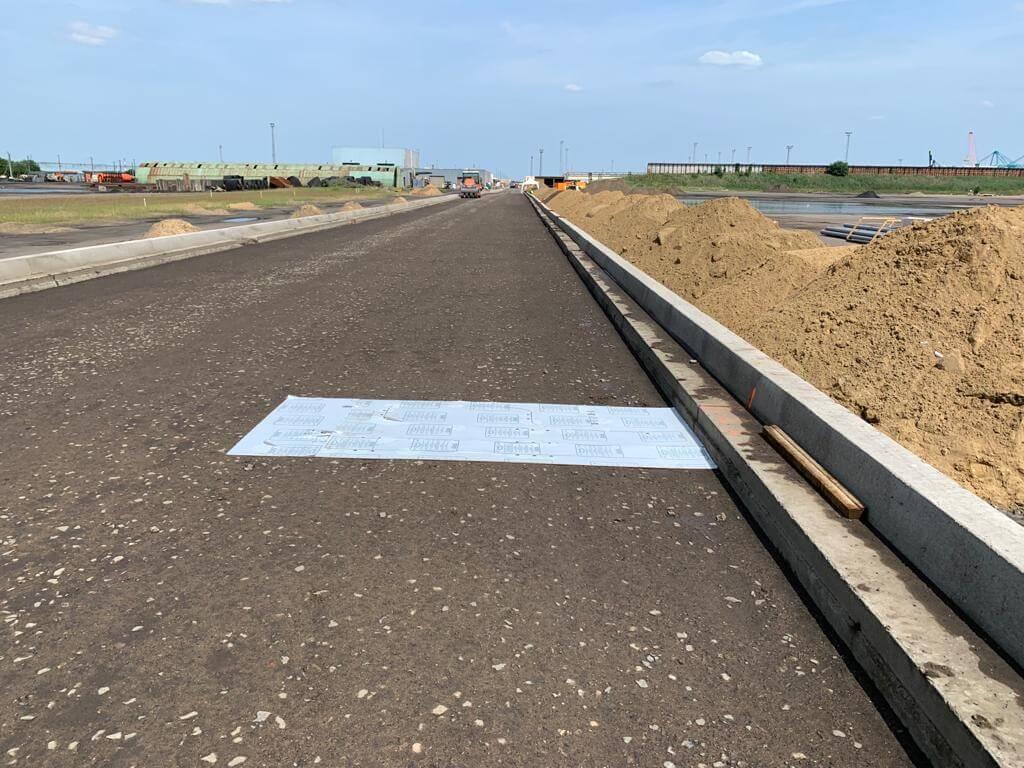 Development of the asphalt of the future with FBG sensors